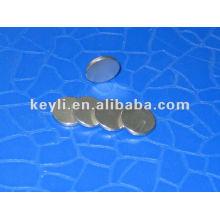 20mm dia x 2mm d'épaisseur N42 Aimant de néodyme - 5.6kg Pull (Nord)