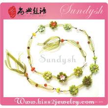 Imitation Floral Femmes Fleur à la main Ceintures Chaîne de chandail