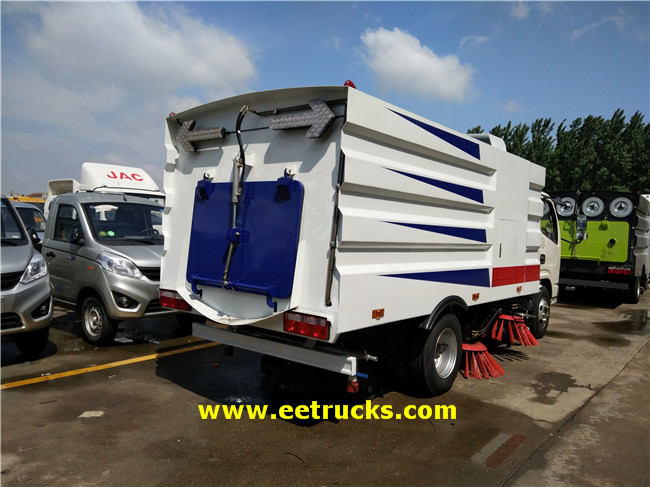Road Washing & Sweeping Truck