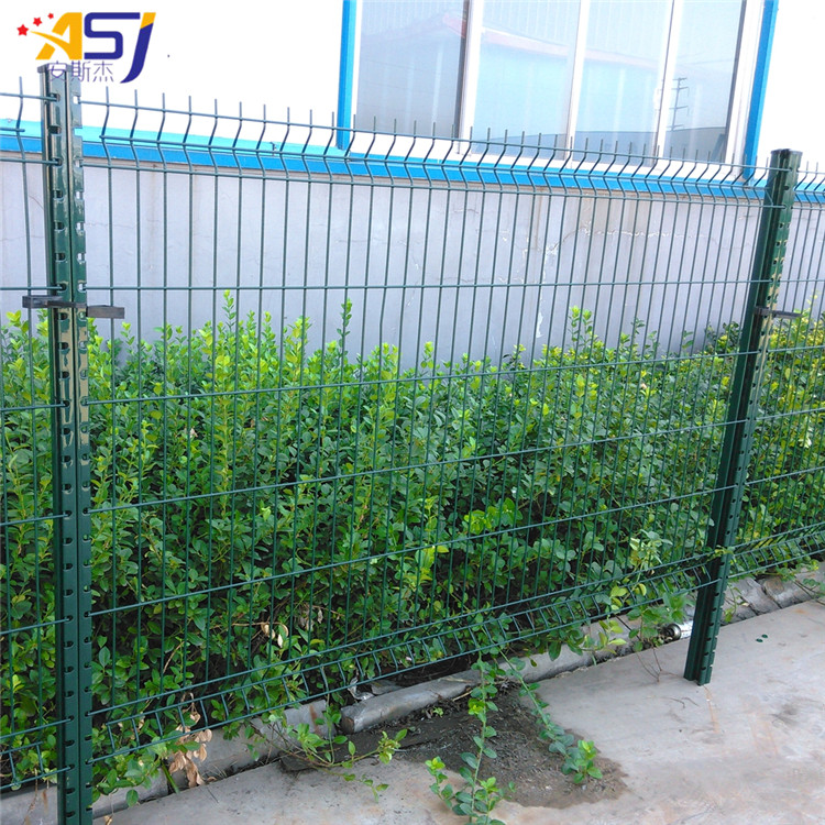 3d curved fence (2)