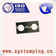Plaque de connecteur personnalisée en Chine pour les pièces d'estampage de métal