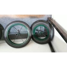 Wb3800 couleur verte avec 13*3 roue solide en caoutchouc brouette de l'Afrique