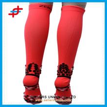 red anti-slipper sport socks compression mens sock custom logo