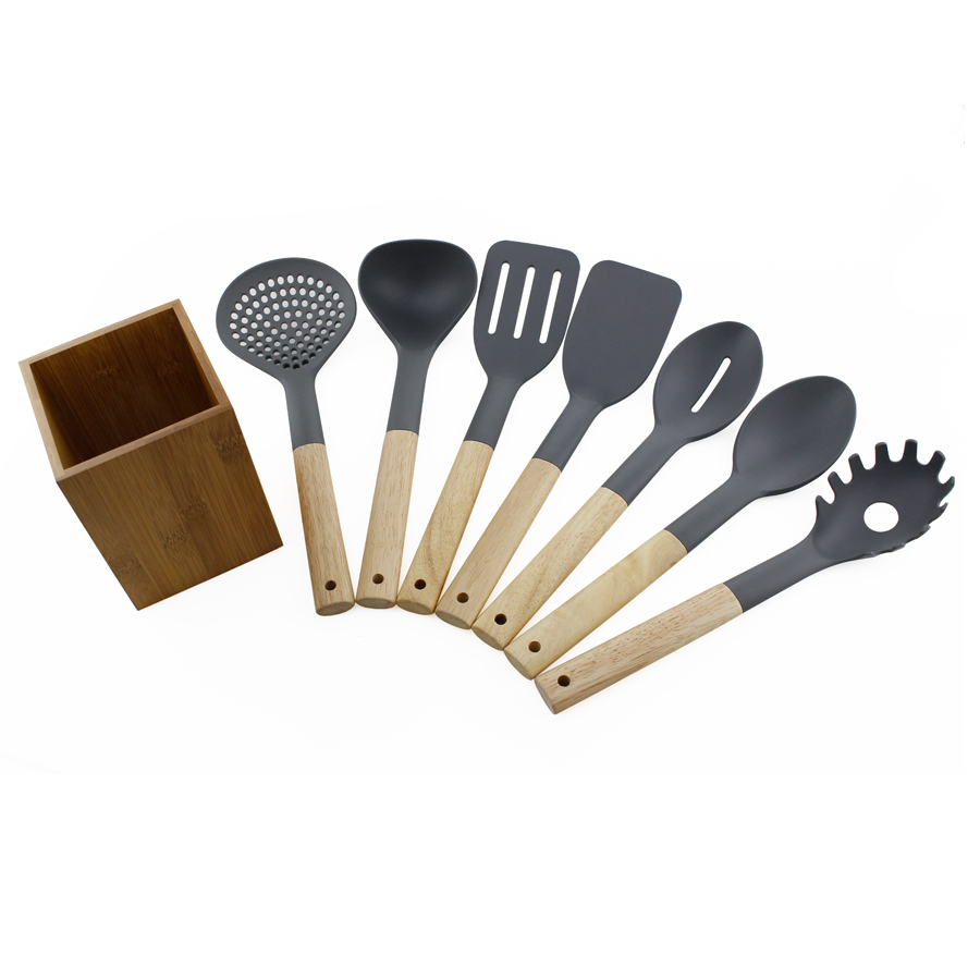 Utensil Set With Holder