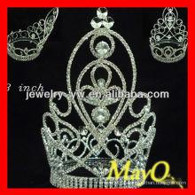 Coroa grande grande da representação histórica do diamante da venda quente