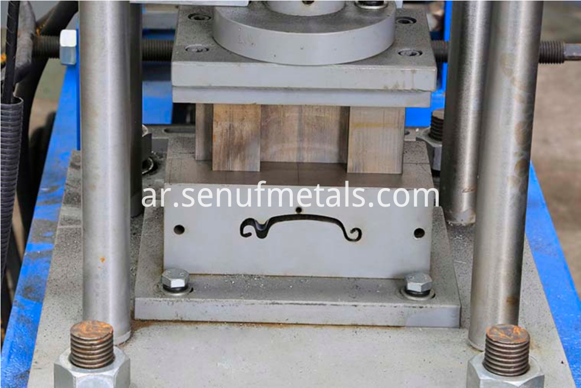 Roller shutter door forming machine cutter 1