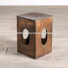 Table d'appoint industrielle à finition en cuivre râpé industriel