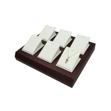 Bandeja de almacenaje del sostenedor de la joyería de cuero blanca modificada para requisitos particulares para 6 colgantes