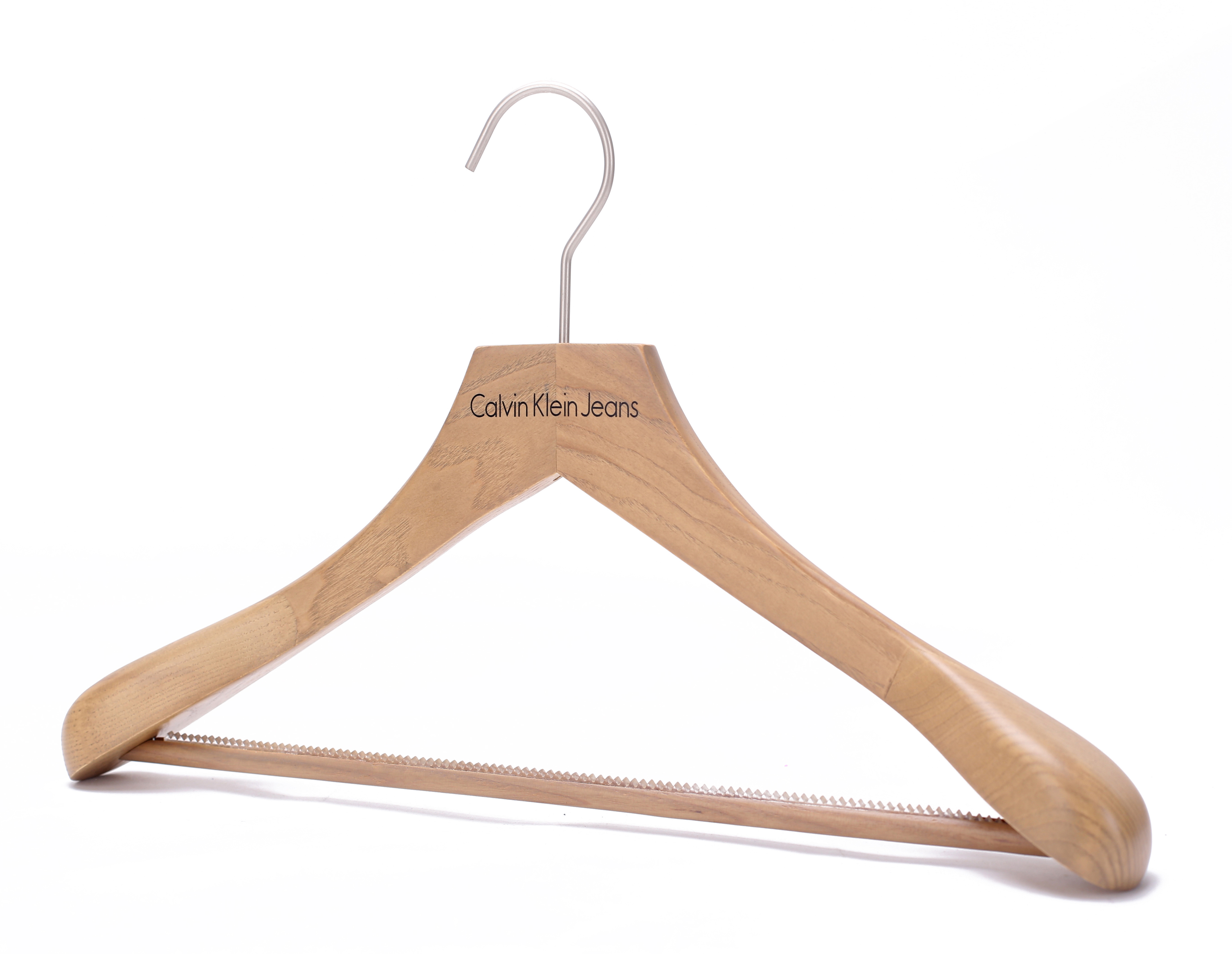 natural color luxury oak wood hanger boutique clothes shop display with ribbed bar