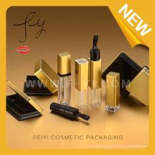 Embalaje cosmético claro de oro serie completa