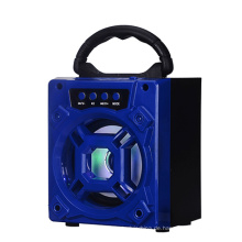 Flash-Verkauf 4 Zoll 5W 600mAh mit SD eingebautem Mikrofon wasserdicht Outdoor-Lautsprecher