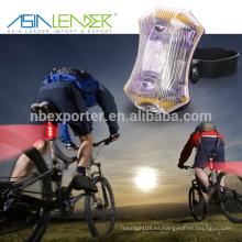 Asia Leader Fácil de instalar sin herramientas Resistente al agua Powered by 2 * AAA batería 3LED luz de la cola de la bicicleta