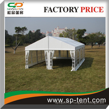 9 m de largeur 50 Sièges Tente de construction structurée avec tables et chaises