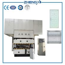Machine de gaufrage de peau de porte en acier hydraulique / machine de presse de peau de porte de moule