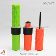 MC967 Bouteille d'eyéliné en plastique de conception unique
