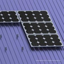 Kit de riel corto para techo metálico Tata Power Solar Picture Montaje solar