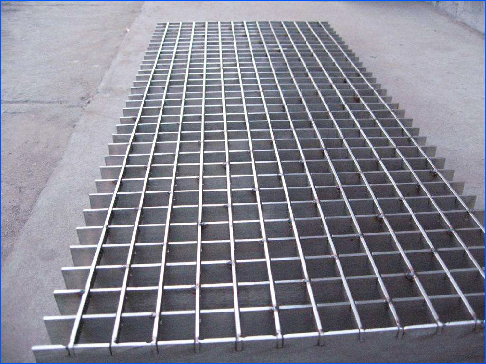 Stainless Plug Bar Grating