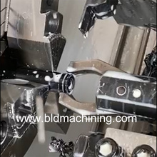 Varilla de plástico de mecanizado de torneado CNC