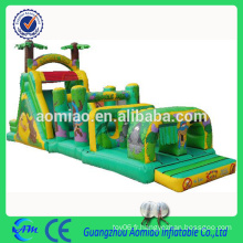 Large gonflable adulte / enfant jungle obstacle course bon marché inflatable running obstacle couse