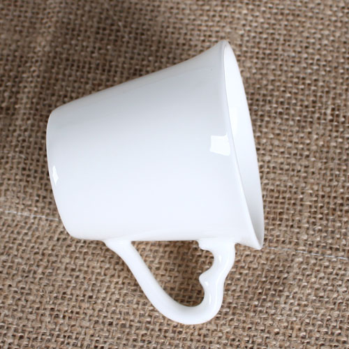 cup with love shape handle