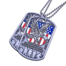 Placa de identificación de bandera americana colgante de acabado personalizado