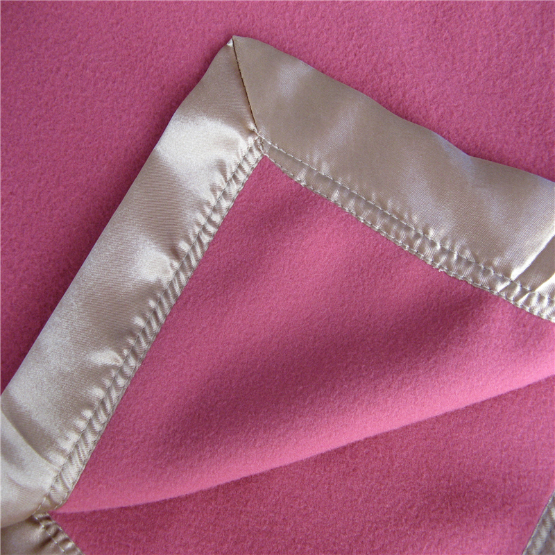 Satin Overlock Edge Fleece Blanket