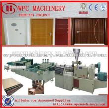 PVC em pó e em pó de madeira Linha de produção de porta WPC / Plástico de madeira WPC linha de produção de painéis de portas