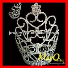 Lovely flor pequena coroa de diamantes de design para as meninas