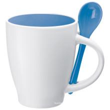 2016 Tasse de café en céramique de conception populaire de haute qualité avec une cuillère