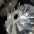 Roue de compresseur en aluminium titane de fraisage CNC
