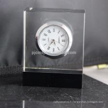 Horloge de table en cristal de conception simple personnalisée horloge en cristal