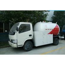 Caminhão do gás líquido do gás do caminhão do distribuidor do LPG do tanque do LPG de 5500liters