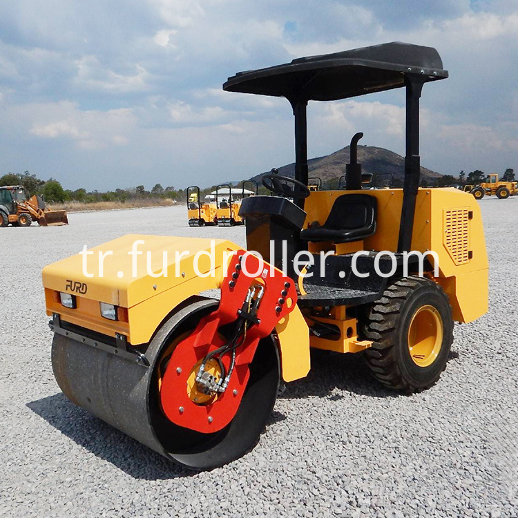 3 ton road roller (5)