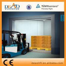 Автономный грузовой лифт с окрашенным листом
