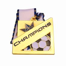Квадратная золотая металлическая медаль чемпионов по футболу