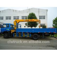 Venta caliente Dongfeng 4x2 camión con grúa, 5 toneladas camión grúa