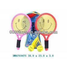 Deportes jugar raqueta de tenis con pelota de tenis