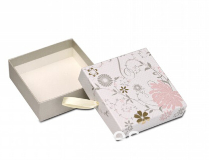 2pc paper box with ribbon puller