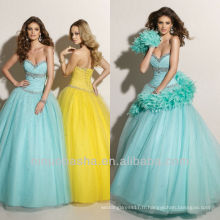 Sky Blue Crystal Neckline Sweep Train Robe de bal Quinceanera Robe de rotin