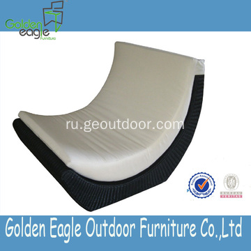 Luxury Elegance PE Rattan and Aluminum Garden Sofa