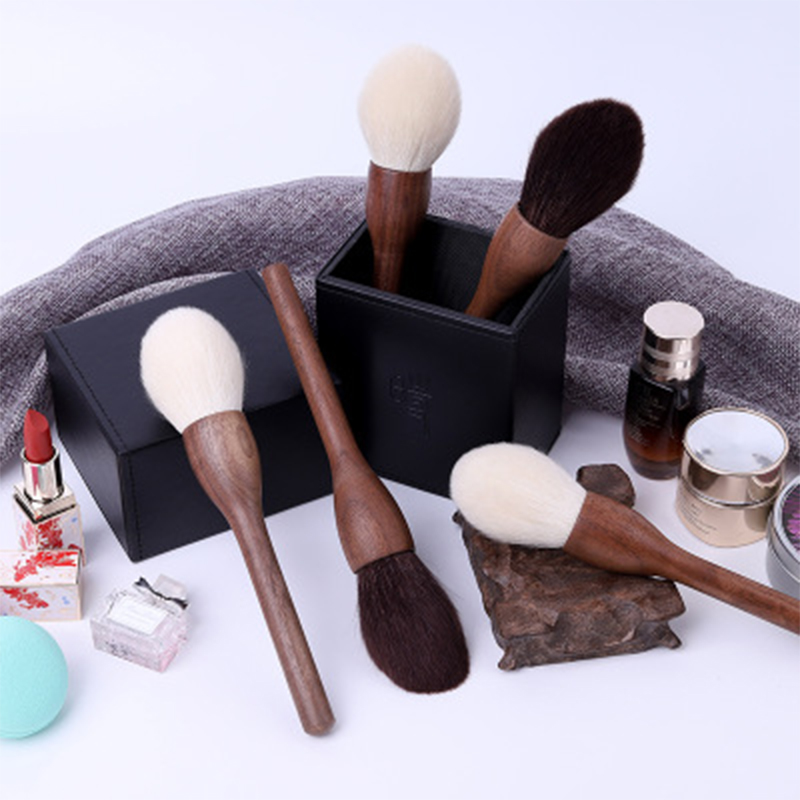 goat hair foundation powder brush