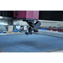 Máquina de corte industrial CNC de 5 eixos com jato de água