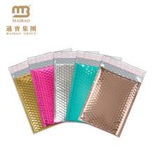 Diseño personalizado Impreso a prueba de golpes Acolchado Envoltura Embalaje Venta al por mayor Papel de aluminio Metálico Bubble Mailer Bolsa