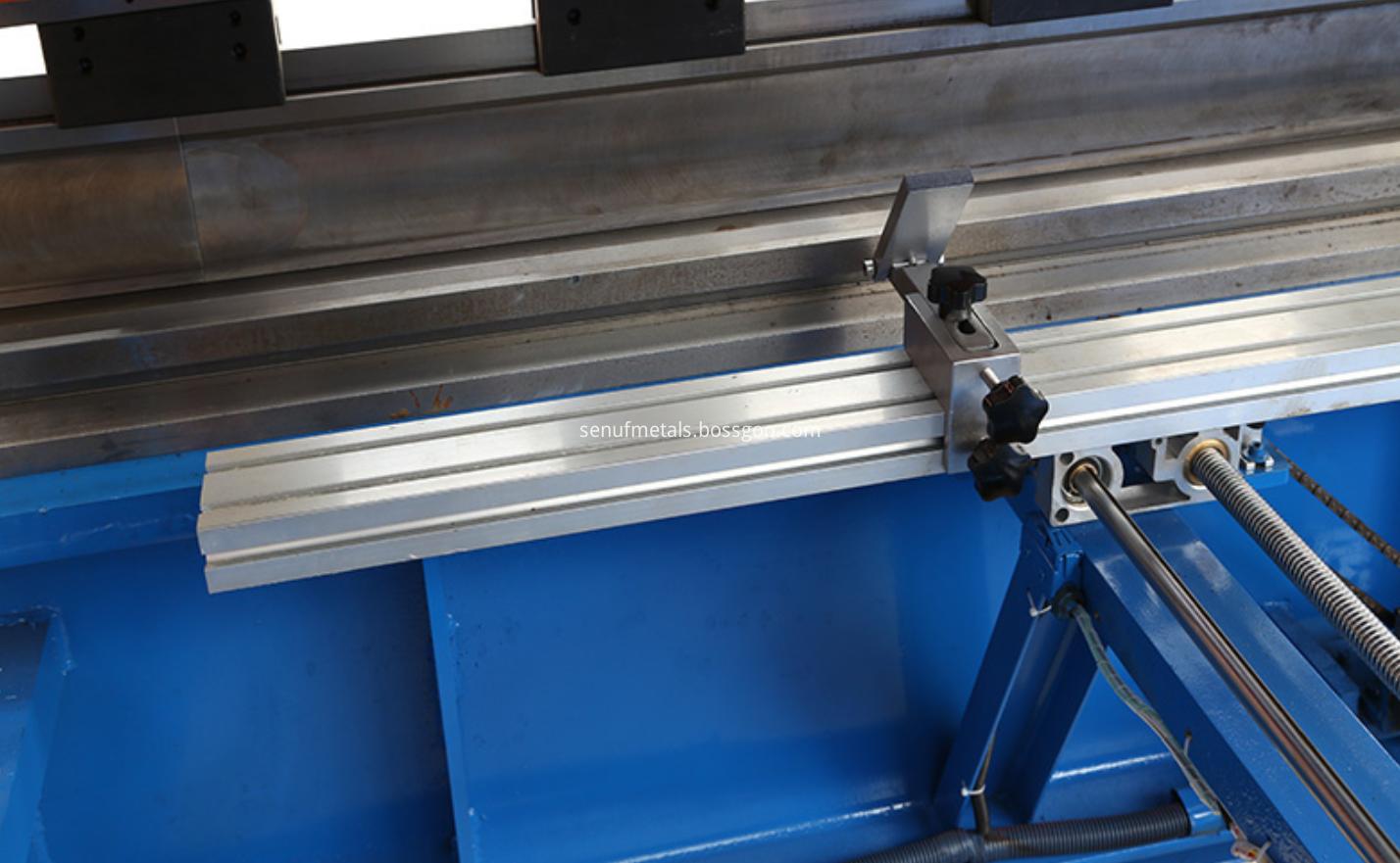 cnc metal press brake bending machine (1)