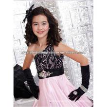 Une épaule en dentelle noire sur mesure robe de bal jupe rose petites filles boucles d'oreille CWFaf4801