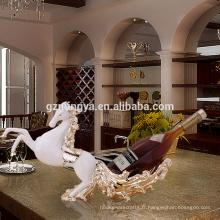 Accueil mobilier de maison décoration d'ornements décoration de résine ornements de chevaux artisanat de vin rouge