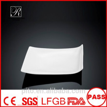 P & T porcelana fábrica chapas extravagantes, placas de jantar de design novo, simplesmente placas