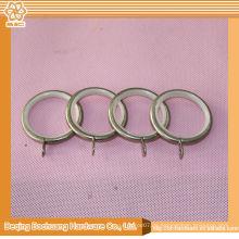Heiße Entwurfsart und weise dekorative quadratische Vorhangringe