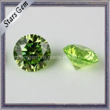 Полудрагоценный камень зеленого кубического циркония Apple