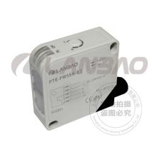 Sensor fotoelétrico retangular de reflexão repolarizada (PTE-PM5SK-E2 AC / DC5)